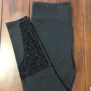 Fabletics Avon Rose Mesh Black Leggings